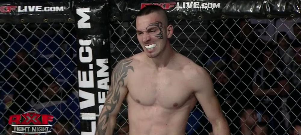 FOTO Aparitia serii la gala MMA de la Ploiesti! Si-a facut tatuaj pe fata ca Mike Tyson! Ce a patit in prima repriza