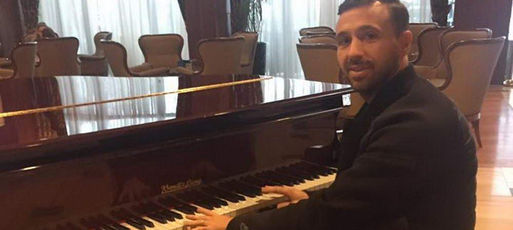 Pianist, caut echipa! Ce s-a intamplat dupa ce Sanmartean a postat aceasta poza pe Facebook