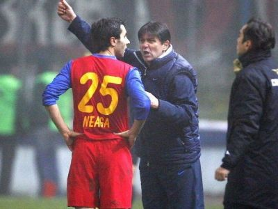 "Armata trage cu tunul in fotbal, taberele se impart! Neaga, uimit de Lacatus: ""Eu stiu ca am jucat la Steaua!"""
