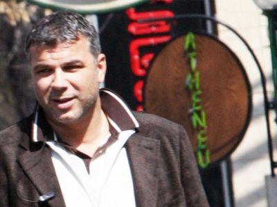 Imagini rare cu sotia lui Cosmin Olariu. La 46 de ani, Luminita face furori prin Bucuresti