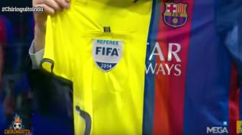 """Gluma zilei in Spania: un jurnalist a prezentat, in premiera, """"noul echipament al Barcelonei!"""" :) VIDEO"""