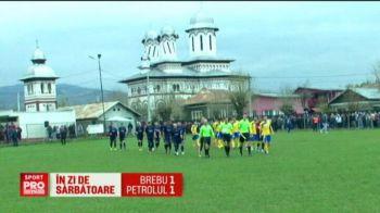 Comuna in care oamenii s-au cocotat pe case ca sa vda Petrolul! Meci cu peste 1.000 de oameni in liga a 4-a. VIDEO