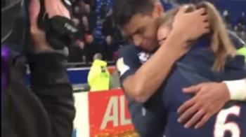 Mai avea putin si o lua acasa. :) Moment genial cu Thiago Silva dupa finala! Ce a facut capitanul lui PSG