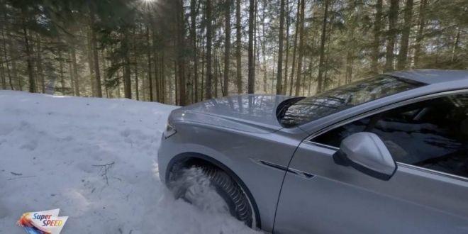 VIDEO: VEZI cum se descurca noul VW TOUAREG TDI pe MUNTE!!!