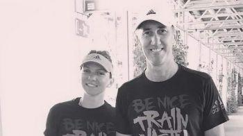 Sustinere sau IRONIE? Ce mesaje si-au scris Cahill si Simona pe tricou pentru Ilie Nastase. FOTO