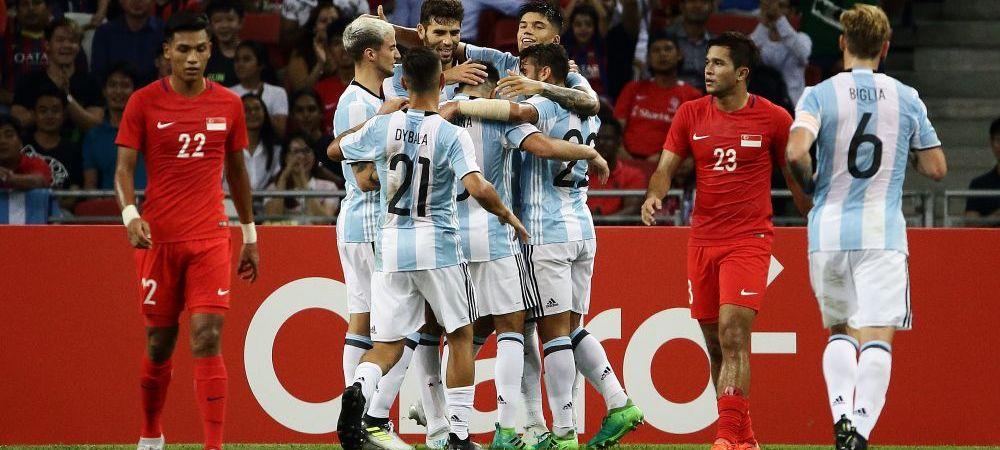 Mult noroc, Singapore :) Jorge Sampaoli a folosit o echipa soc a Argentinei pentru amical: 2 fundasi, 5 atacanti