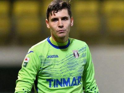 UPDATE   Silviu Lung a semnat cu CFR, la Astra ajung doi fotbalisti. Cati bani primeste portarul