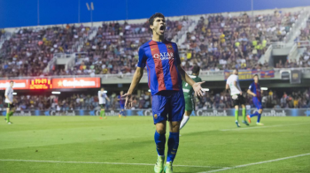 "OFICIAL | Barca a semnat cu o ""perla"" si i-a pus clauza de 75 milioane euro. Roma a luat un campion al Olandei, iar Gomis a ajuns la Galata"