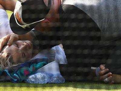 """Revolta jucatoarelor dupa accidentarea lui Bethanie Mattek Sands: """"Ne bucuram cand iesim cu bine de pe teren, conditiile sunt oribile"""""""