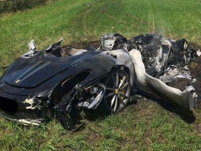 A platit 230.000 € pentru acest Ferrari si a iesit cu bolidul pe sosea! Ce s-a intampla dupa numai O ORA