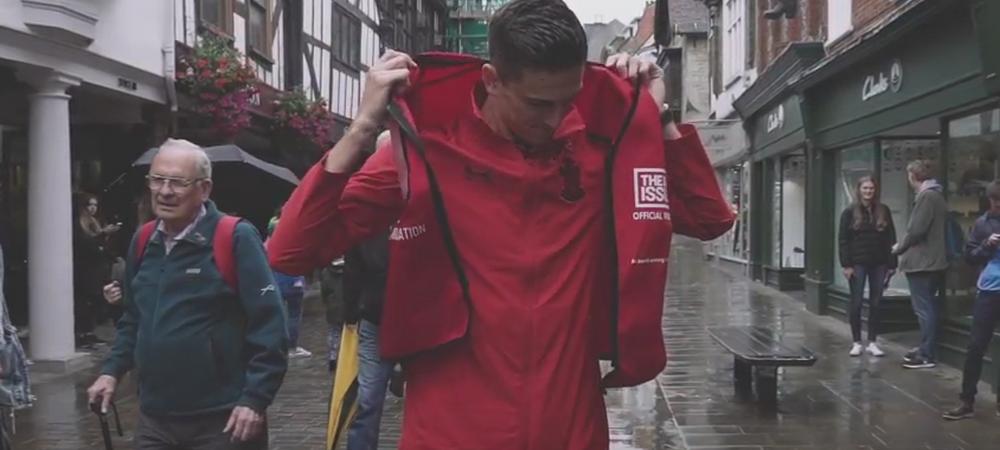 N-a mai jucat in Premier League de 2 ani! Gardos, trimis de Southampton sa vanda ziare pe strazi! VIDEO