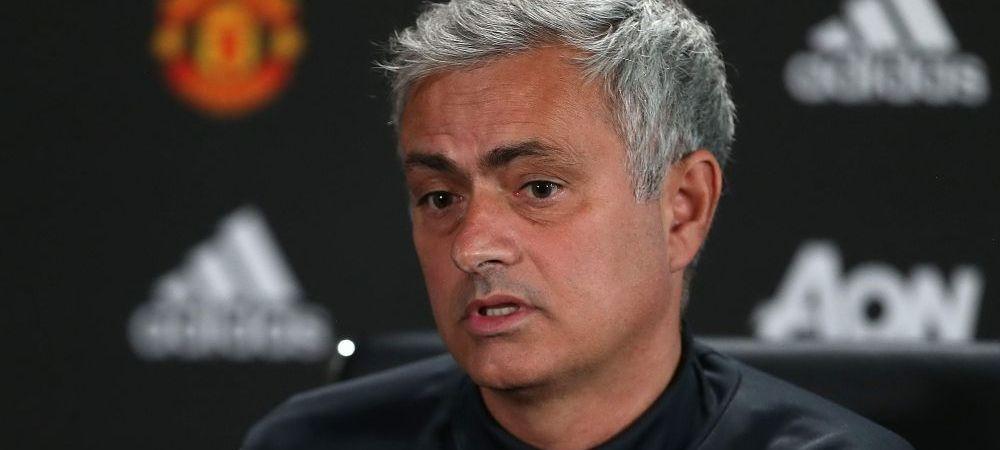 """""""O sa jucam cu 9 atacanti!"""" Mourinho vrea sa reinventeze fotbalul, dupa ce a fost intrebat daca parcheaza autobuzul cu Liverpool"""