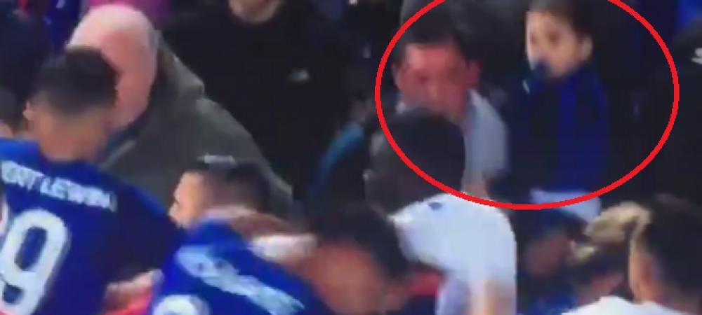 Scena SOCANTA! Un suporter al lui Everton a sarit la bataie cu jucatorii in timp ce isi tinea copilul in brate! L-a lovit pe portarul lui Lyon! VIDEO
