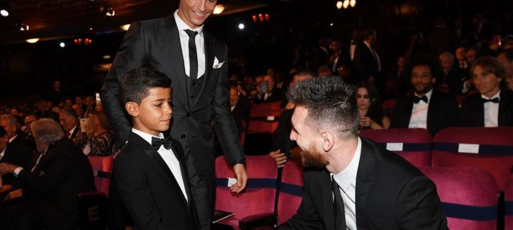 Super imagini de la gala The Best! Fiul lui Ronaldo s-a dus direct la Messi cand l-a vazut! FOTO