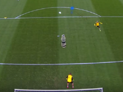 In meci oficial s-ar pune doua :) VIDEO IREAL: Gol cu calcaiul, din voleu, fix in vinclu, la antrenamentul Borussiei Dortmund