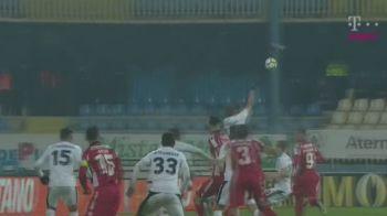 """Golubovic, gest incredibil in meciul cu Dinamo! Explicatiile sunt pe masura: """"Nu am lovit mingea cu mana, mingea m-a lovit pe mine!"""""""