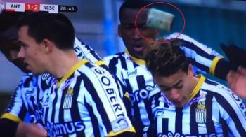 Scandal in Belgia! Toata lumea i-a sarit in cap lui Boloni: un jucator a fost atacat si lovit cand isi celebra golul!