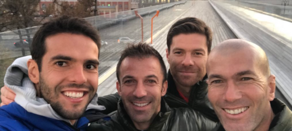 """""""SELFIE LEGENDAR"""". Kaka, Del Piero, Alonso si Zidane si-au dat intalnire in Rusia si au luat parte la evenimentul de prezentare a mingii de Mondial"""