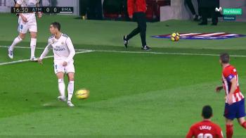 "Ronaldo a incercat un ""no look pass"" si a starnit valva pe internet! Ironiile rivalilor: ""Ronaldinho plange cand te vede"""