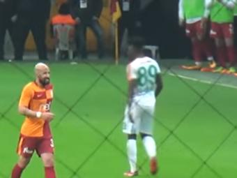 Reactia antrenorului Galatei dupa ce Latovlevici a fost huiduit si a cerut schimbarea! Mesajul pentru fanii turci