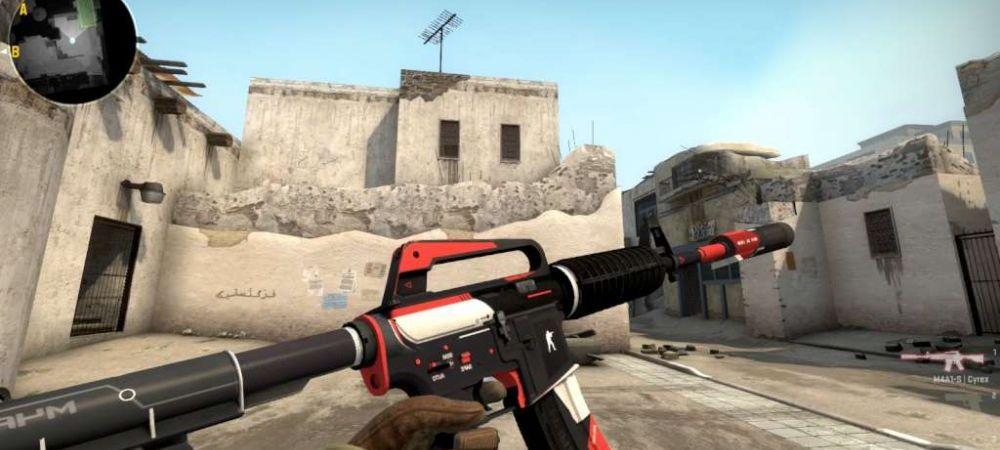 Nu se poate abtine :) Pleaca de la antrenamente cu gandul la Counter Strike si joaca de pe conturile prietenilor