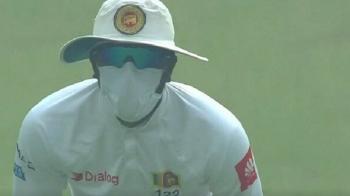 Un meci a fost oprit astazi din cauza poluarii: jucatorilor li s-a facut rau pe teren!