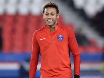 Neymar vs. toate femeile din lume! Imaginea anului: asta e cea mai mare discriminare intre sexe!