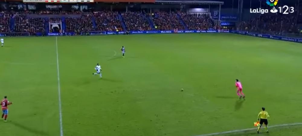 GOLUL ANULUI s-a dat deja in Spania! Reusita fabuloasa a unui portar: a marcat de la 70 de metri! VIDEO