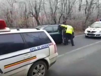 URMARIRE CA IN FILME // Momente incredibile cu un fotbalist din Romania: s-a urcat baut la volan, a fugit de Politie si a facut accident