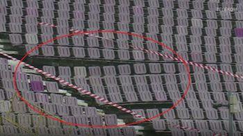 VIDEO | Imagini incredibile inainte de Timisoara - Voluntari! Stadionul a cedat: o parte din tribuna s-a prabusit