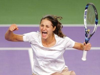 """""""Da, stiu ca joc ciudat!"""" Reactia geniala a Monicai Niculescu dupa victoria carierei, in fata Mariei Sharapova"""