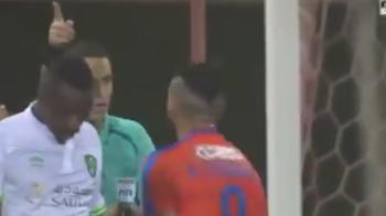 Hategan, aproape sa fie luat la bataie in Arabia Saudita! A anuntat un gol, jucatorii au luat-o razna! VIDEO