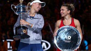 CLASAMENTUL WTA RACE // Simona Halep a redevenit numar 1 mondial WTA, dar nu e prima in topul pentru Turneul Campioanelor! Surpriza uriasa: Buzarnescu, pe 10
