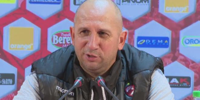 Prima reactie a lui Miriuta dupa ratarea play-off-ului:  Nu am recunoscut echipa! Nici nu am vorbit cu jucatorii!  Ce spune despre viitorul sau la Dinamo