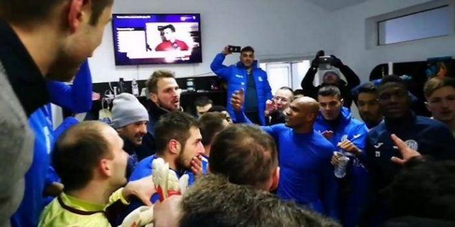 Iasi se califica in play-off cu o infrangere! VIDEO | Bucuria nebuna a moldovenilor, in vestiar! Stoican si-a intrerupt jucatorii:  Sunt convins ca nu stiti sa va bucurati!