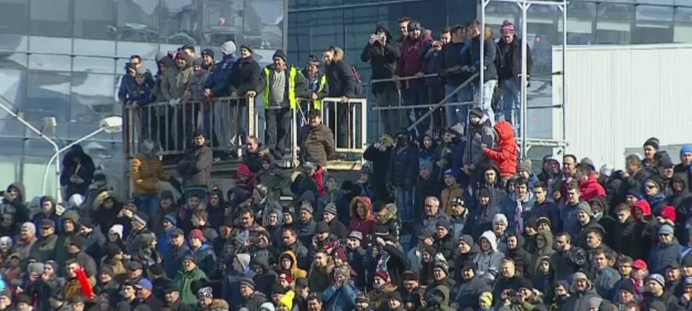 Umiliti pe teren, ironizati in tribune! Ce banner au afisat niste suporteri sibieni la meciul de astazi: FOTO