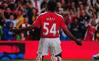 Cel mai absurd cartonas rosu din istorie s-a acordat intr-un meci disputat ieri! Un fost fotbalist al lui Arsenal, eliminat pentru ca si-a spus numele :))
