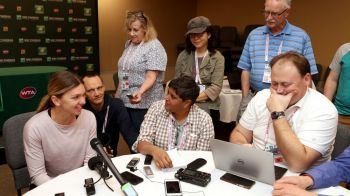 "SIMONA HALEP, INDIAN WELLS   Incepe batalia! Simona, intepaturi catre Wozniacki: ""Acum stiu cum sa gestionez situatia!"""
