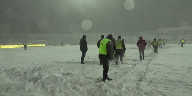 BOTOSANI - DINAMO | Ninsori abundente in continuare la Botosani:  Dinamovistii au plecat deja!  Cand se poate disputa partida