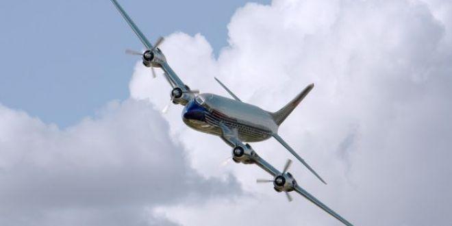 Un avion a fost controlat de la distanta de hackeri, fara ca pilotii sa-si dea seama! Ce-a urmat