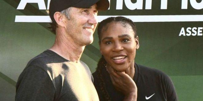 FOTO Serena Williams i-a dat  tarcoale  lui Darren Cahill. Ce i-a spus antrenorului Simonei