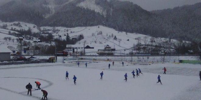 ULTIMA ORA | Fotbalul se amana din nou! Meciurile programate in weekend au sanse mici sa se joace din cauza avertizarilor meteo