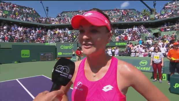 """Nici macar Radwanska nu intelege ce s-a intampla cu Simona Halep: """"In mod normal ea nu joaca asa!"""""""