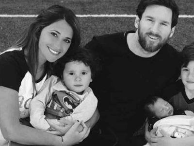 FOTO: Prima imagine cu Messi si cei 3 fii ai sai! Antonella a postat imaginea care a rupt internetul in doua