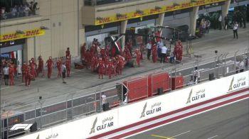 VIDEO | Incident incredibil la boxele lui Ferrari: Raikkoken a trecut cu monopostul peste unul dintre ingineri! ATENTIE | Imagini cu un puternic impact emotional