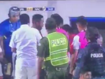 Budescu e copil pe langa el :) VIDEO   SCENE IREALE: a sarit sa-si bata antrenorul imediat dupa ce a fost schimbat! Cum s-a terminat scandalul