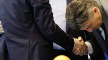 Lupescu, PLECACIUNI in fata lui Burleanu! Imaginea care il amuza teribil pe Mutu dupa rezultatul alegerilor. FOTO