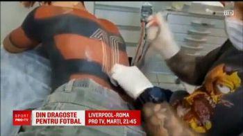 Nebun dupa fotbal! Un suporter si-a tatuat tricoul echipei favorite pe piele! Cu cine tine