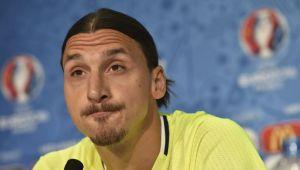 Nu-i dai tu ignore lui Zlatan! El iti da tie! :) Reactia lui Ibrahimovic dupa ce selectionerul Suediei a anuntat ca nu-l ia la Mondial