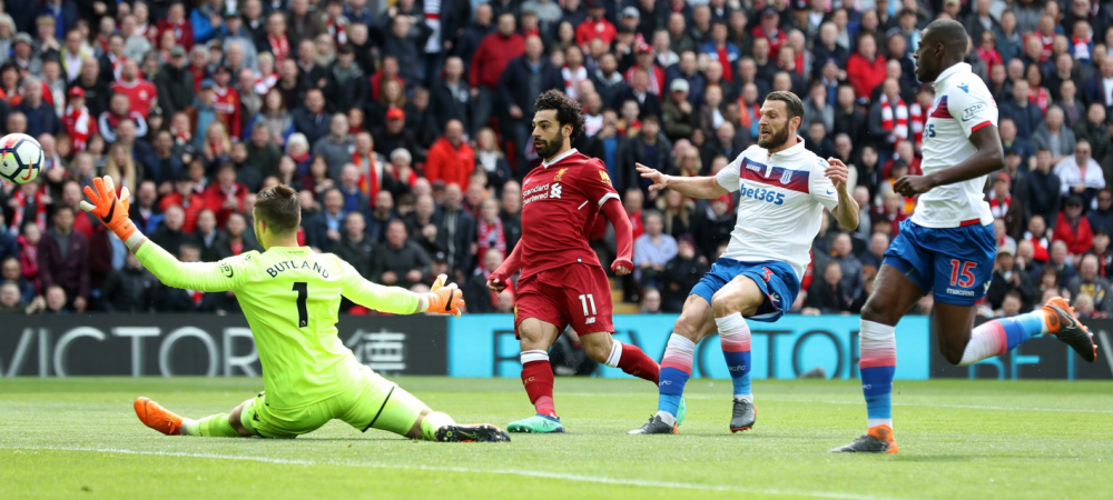 Gestul NEVAZUT al lui Salah in ultimul meci! A vrut sa-i dea PERVERSA unui adversar chiar pe teren! VIDEO